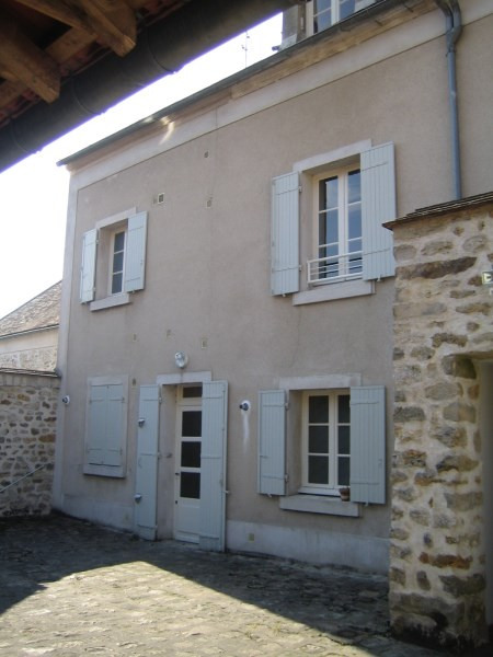 Rental apartment Lardy 895€ CC - Picture 1