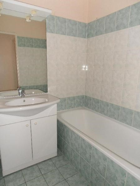 Rental apartment Oyonnax 439€ CC - Picture 5