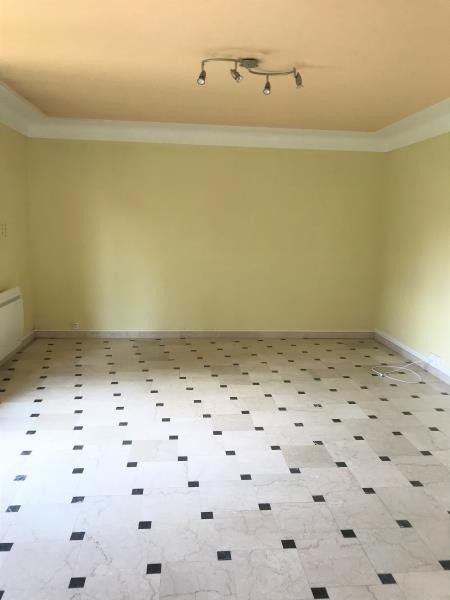 Rental apartment Limours 930€ CC - Picture 2