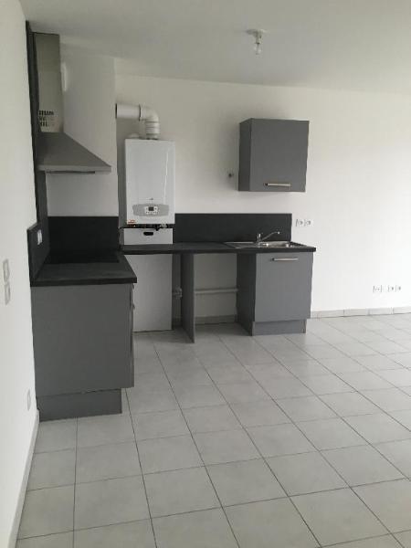 Location appartement Saint priest 688€ CC - Photo 7