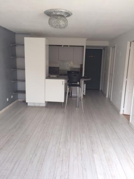 Verhuren  appartement Fuveau 770€ CC - Foto 7