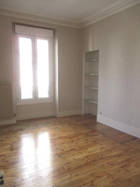 Location appartement Grenoble 583€ CC - Photo 3