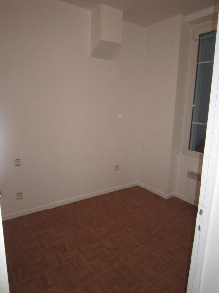 Location appartement Grenoble 426€ CC - Photo 4