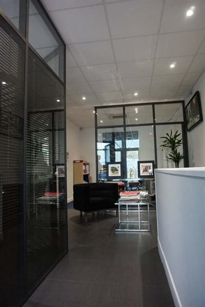 Location local commercial Courbevoie 5700€ +CH/ HT - Photo 2