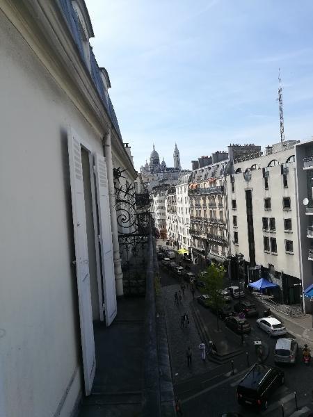 Location appartement Paris 18ème 1120€ CC - Photo 2