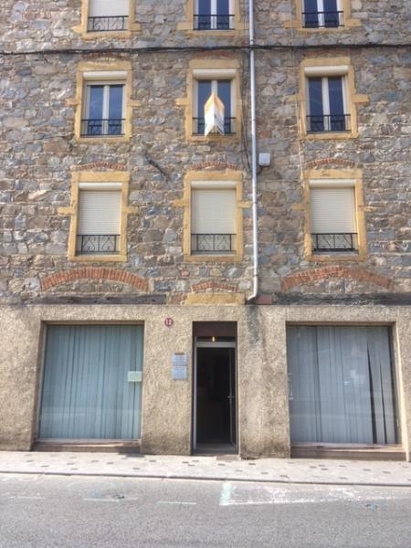 Rental shop Amplepuis 512€ CC - Picture 1