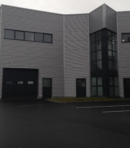 Location Local d'activités / Entrepôt Chanteloup-en-Brie 0
