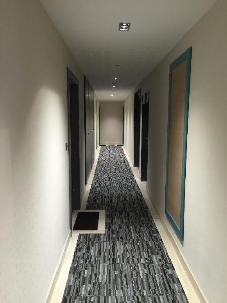 Rental apartment Meyzieu 741€ CC - Picture 2