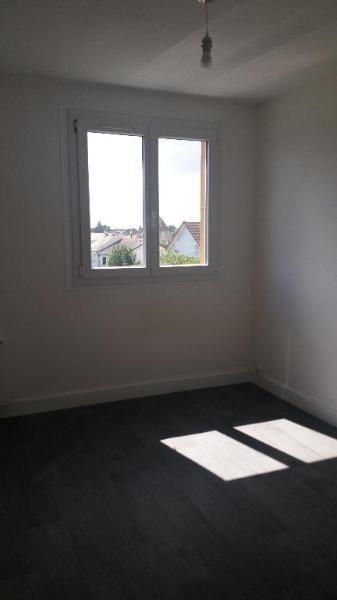 Rental apartment Brou sur chantereine 1020€ CC - Picture 3