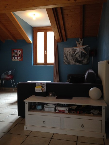 Location appartement Cremieu 487€ CC - Photo 2