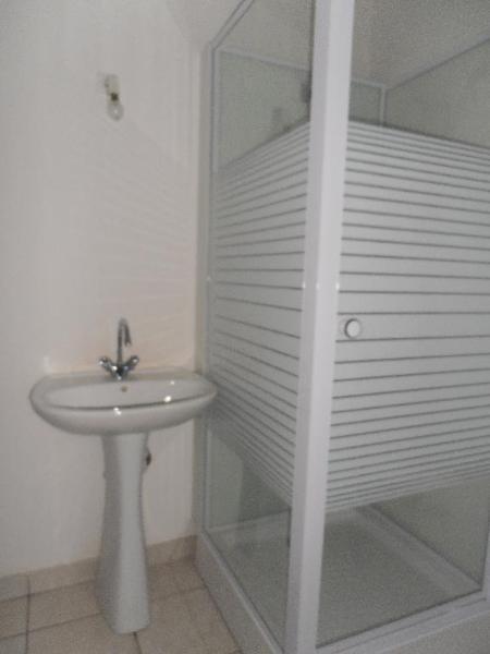 Location appartement Oyonnax 361€ CC - Photo 8