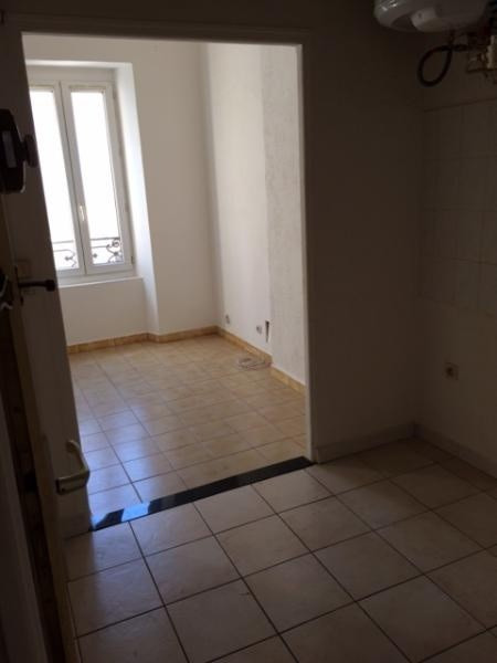 Location appartement Fuveau 510€ CC - Photo 4