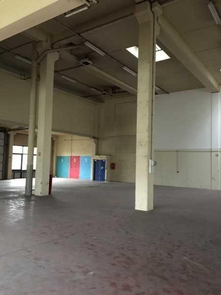 Location Local d'activités / Entrepôt Antony 0