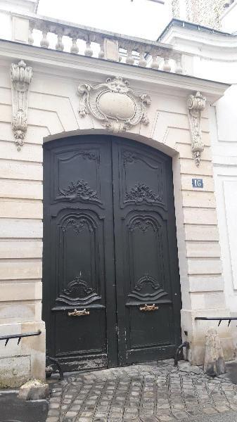 Location appartement Paris 6ème 1300€ CC - Photo 1