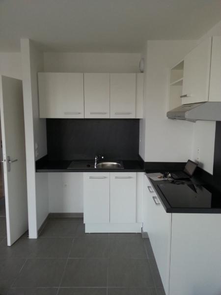 Location appartement Lyon 5ème 761€ CC - Photo 3