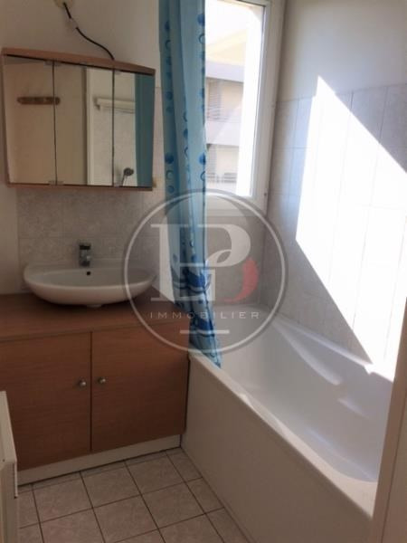 Rental apartment St germain en laye 930€ CC - Picture 5