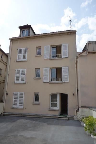 Sale apartment Lagny sur marne 147000€ - Picture 1