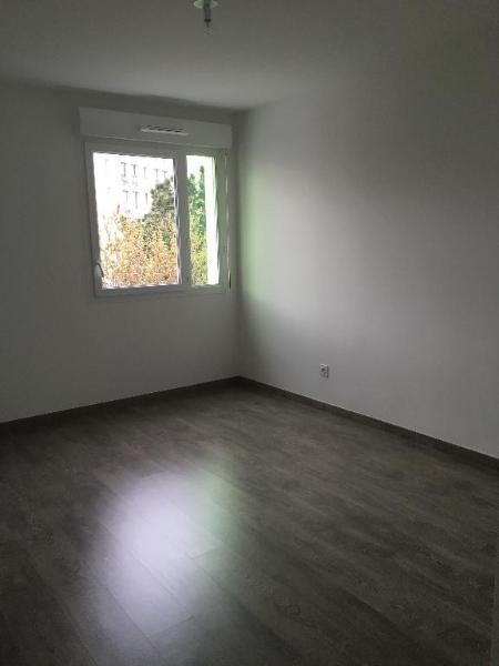 Location appartement Saint priest 700€ CC - Photo 4