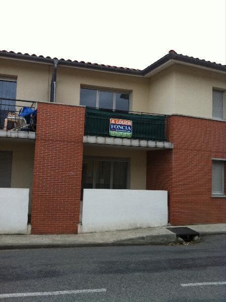 Location appartement Lavernose-lacasse 490€ CC - Photo 1