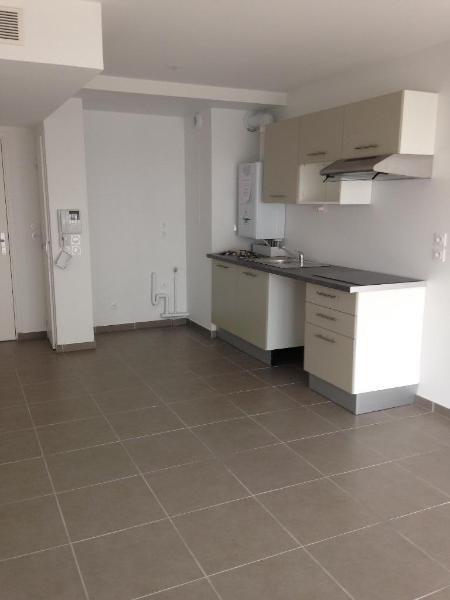 Location appartement Vernaison 555€ CC - Photo 3