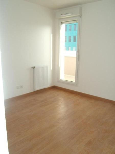 Location appartement Echirolles 573€ CC - Photo 3