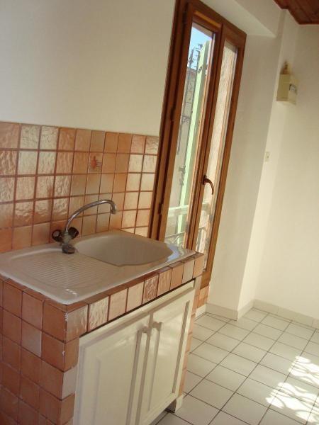 Location appartement Trets 475€ CC - Photo 2