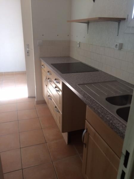 Location appartement Chateauneuf le rouge 720€ CC - Photo 3