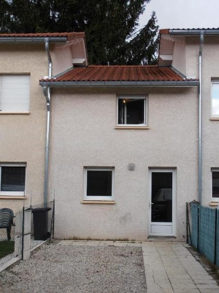 Location appartement Oyonnax 361€ CC - Photo 1