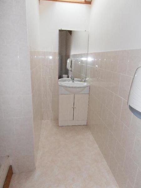 Location appartement Heyriat 390€ CC - Photo 3