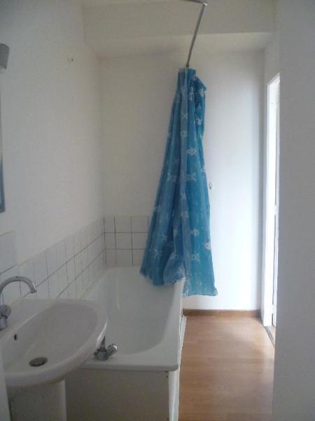 Location appartement Aire sur la lys 380€ CC - Photo 5