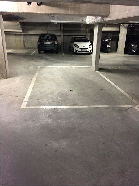 Rental parking spaces Athis mons 193€ CC - Picture 1