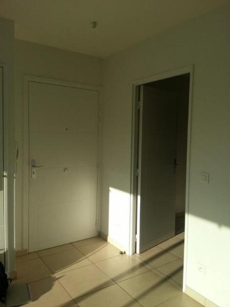 Location appartement Lyon 8ème 1123€ CC - Photo 8
