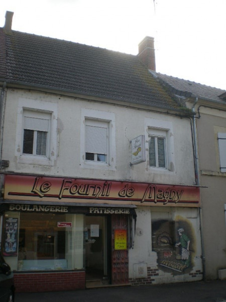 Location Local commercial Magny-Cours 0