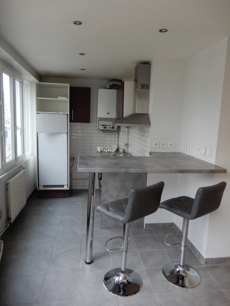 Rental apartment Villeurbanne 520€ CC - Picture 2