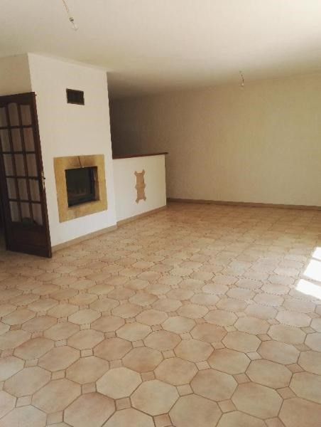 Location maison / villa Aix en provence 1 785€ CC - Photo 3