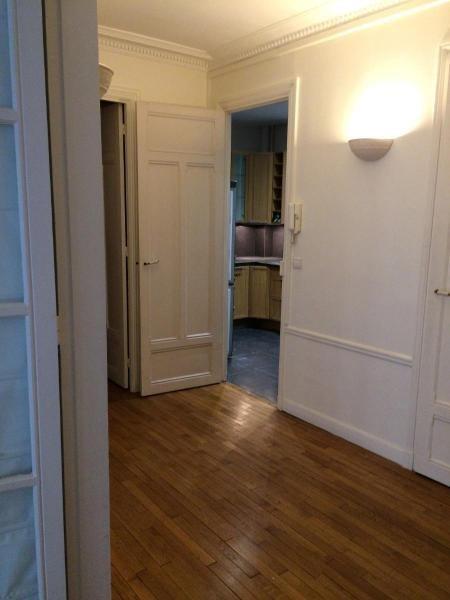 Location appartement Paris 16ème 2200€ CC - Photo 2