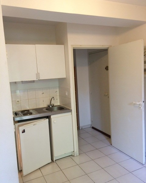 Rental apartment Toulouse 322€ CC - Picture 5