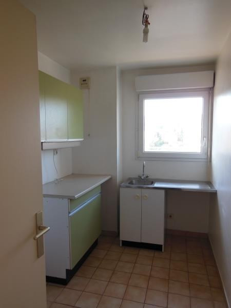 Rental apartment Chaville 1021€ CC - Picture 4
