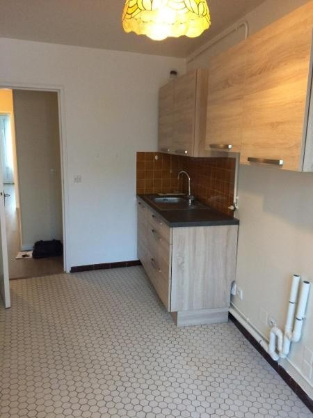 Location appartement Paris 11ème 1350€cc - Photo 3