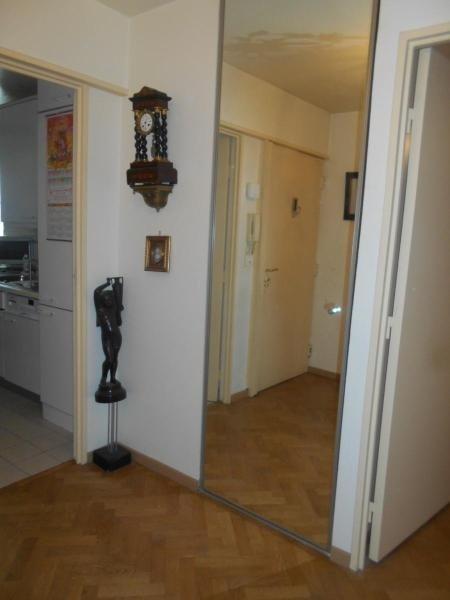 Location appartement Paris 11ème 2346€ CC - Photo 7