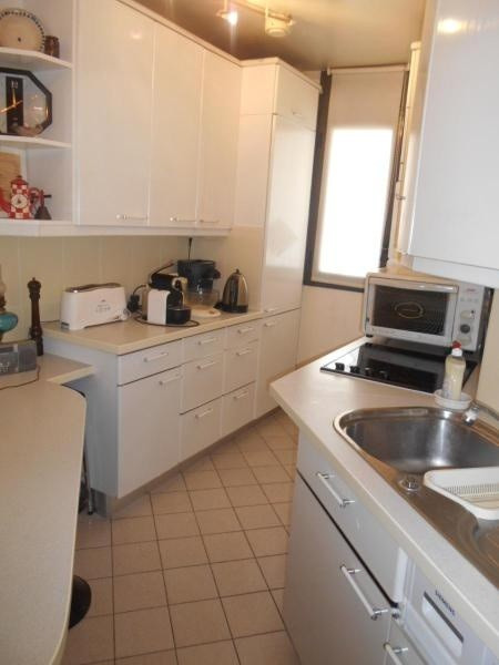 Location appartement Paris 11ème 2346€ CC - Photo 8