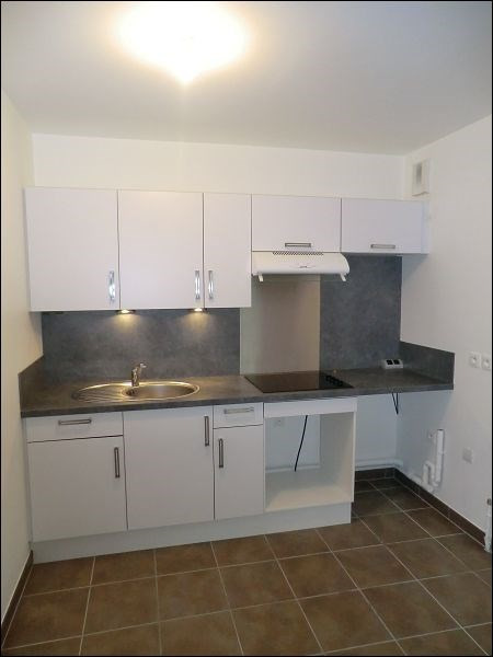 Rental apartment Viry-chatillon 759€ CC - Picture 2
