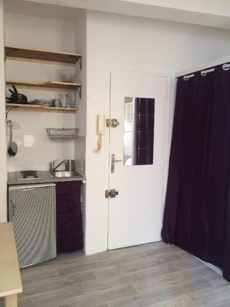 Location appartement Aix en provence 480€ CC - Photo 3
