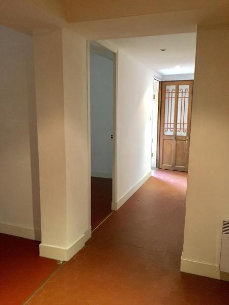 Location appartement Aix en provence 820€ CC - Photo 5