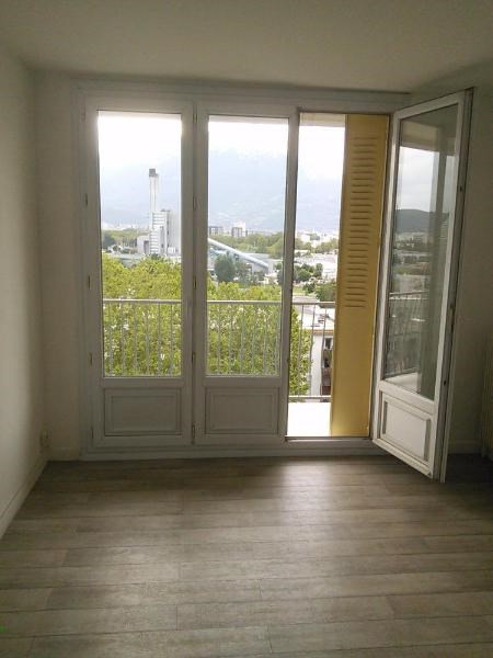 Location appartement St martin d'heres 558€ CC - Photo 8