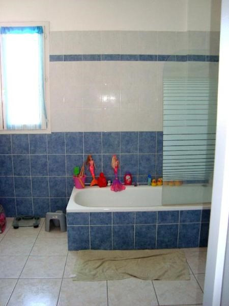 Location appartement Trets 731€ CC - Photo 4