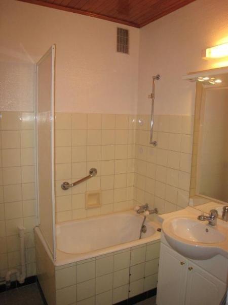 Location appartement Saint pierre en faucigny 850€ CC - Photo 5