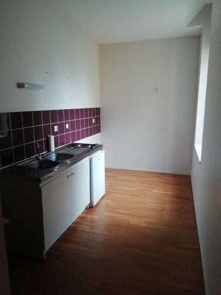 Location appartement Aire sur la lys 415€ CC - Photo 9