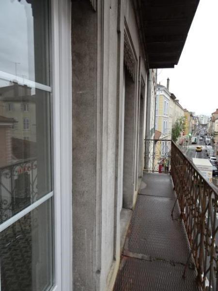 Location appartement Villefranche-sur-saône 555,25€ CC - Photo 9