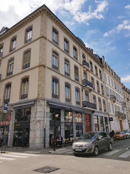 Location appartement Grenoble 900€ CC - Photo 2